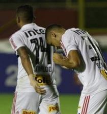 Tricolor volta a vencer com gol de Bruno Alves