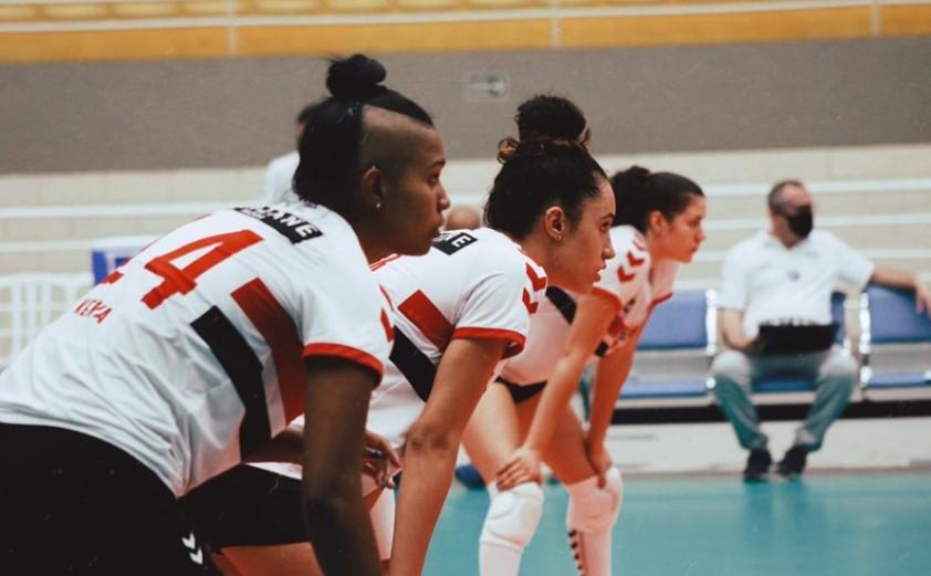 São Paulo-Barueri e Osasco fazem o primeiro jogo da semifinal do Campeonato Paulista de Vôlei Feminino