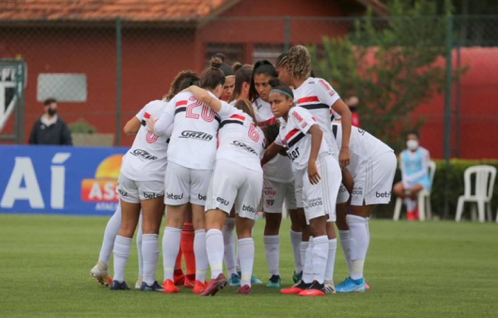 São Paulo e RB Bragantino se enfrentam pelo Paulistão Feminino