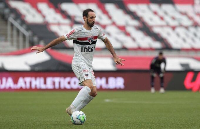 Juanfran não permanecerá no São Paulo
