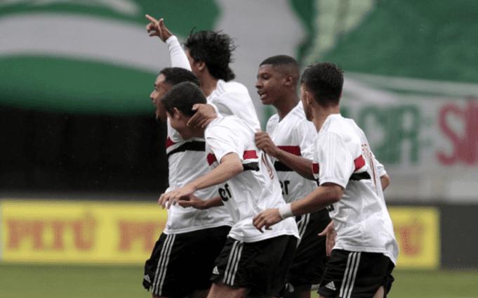 São Paulo vence nos pênaltis e está na final da Copa do Brasil Sub-17