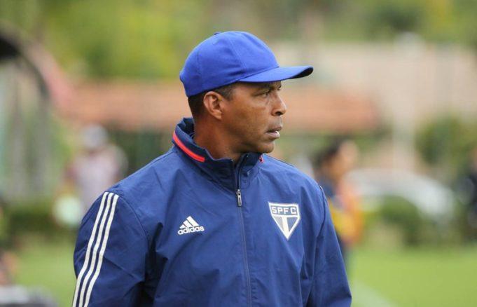 Orlando Ribeiro se despede do time sub-20 do São Paulo