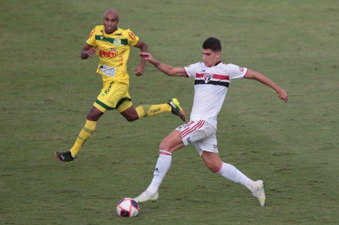 Vitor Bueno - São Paulo