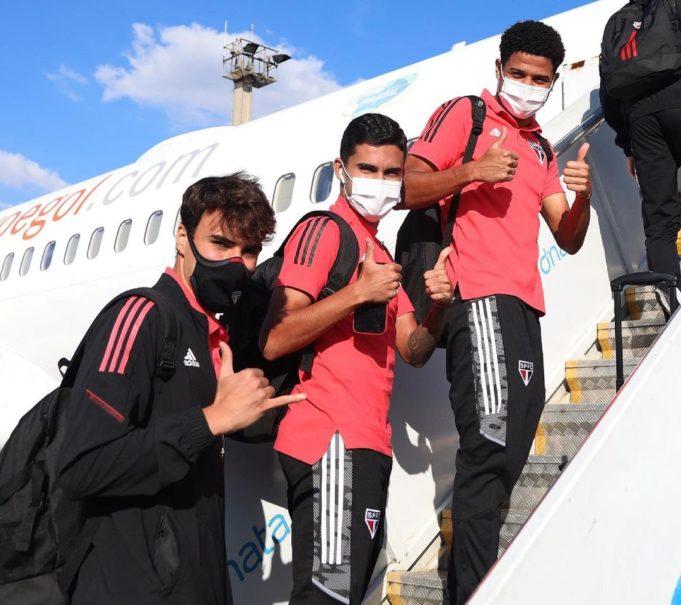 São Paulo chega a Minas para o jogo contra o Atlético-MG