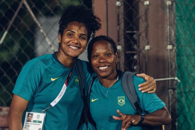 Formiga e Duda ajudam o Brasil a avançar às quartas de final dos Jogos Olímpicos